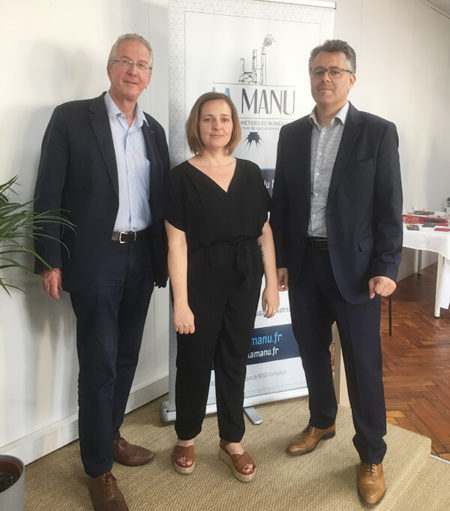 Olivier JARDE, Sarah LOUVET (Campus Manager d'Amiens) et Alexandre DENURRA (Dirigeant Fondateur de LA MANU)