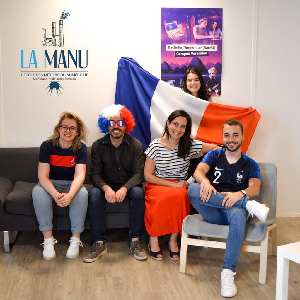 Equipe de l'école La Manu à Versailles pour le match de l'équipe de France